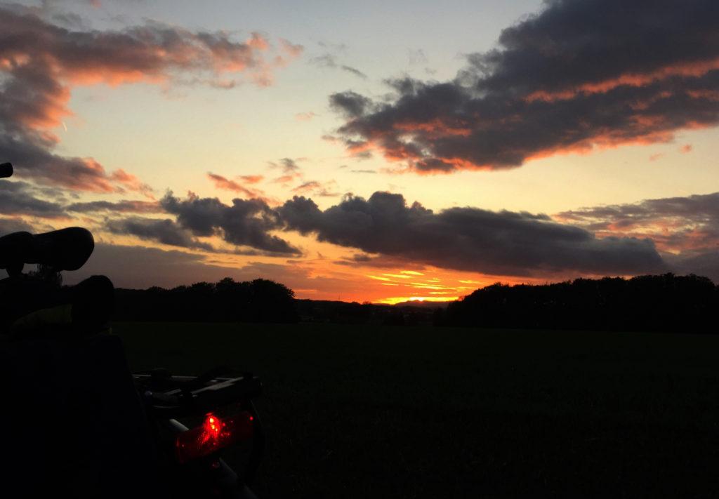 Sonnenuntergang, E-Bike,